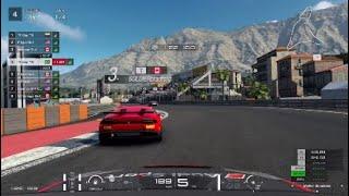 Audi TT vs Huracan