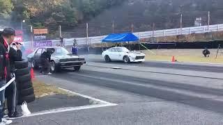 旧車ゼロヨン対決!S30Zの加速が凄い!