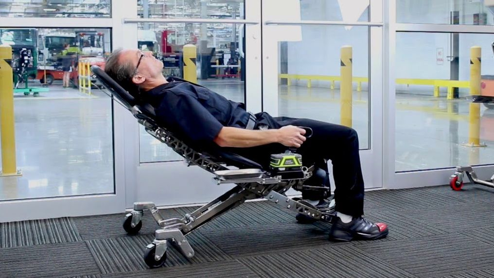 The ultimate chair for mechanics